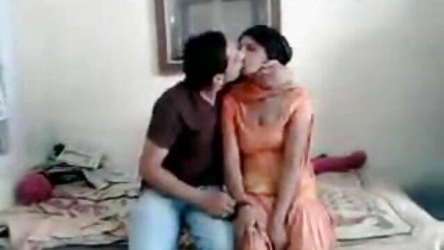 کھیل ہی کھیل فیلم سکسی ترکی اذری میں غیر کے بچے دو گڑیا