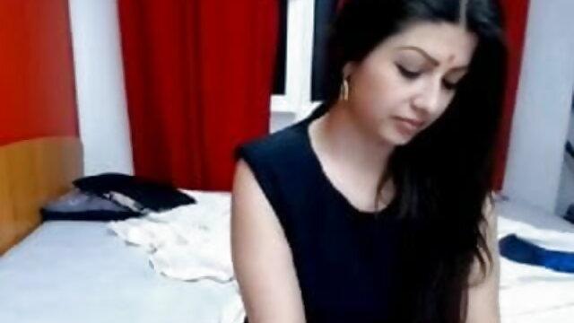 کے لئے ایک تحفہ مالکن کے دو سکسی دختر ترکی ارکان کی